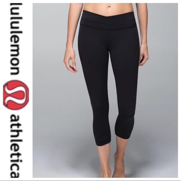 34cb879f7560e lululemon athletica Pants - 💕SALE Lululemon Black Astro Wunder Under Crop  II